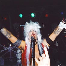 Click image to view show info: Robb Flynn live in SF, Halloween 2001